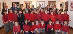 """Trabzon'da ilkokul öğrencilerine yönelik """"Küçük Yazarlar Projesi'"""
