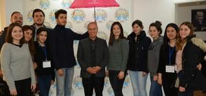 SosyalBen Derneği gönüllülerinden Başkan Acar'a ziyaret