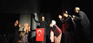 Akşehir'de 'Matruşka' oyunu sahnelendi