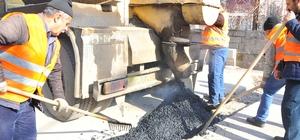 Büyükşehir yol bakım ve onarım çalışmaları devam ediyor