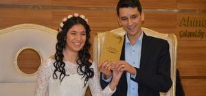 Çekmeköy'de 43 çift Sevgiler Günü'nde evlendi