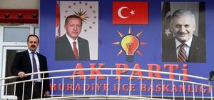 AK Parti yeni binasına taşındı