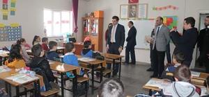 Başkan Vekili Erat, öğrencilerle bir araya geldi