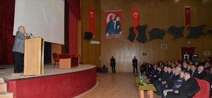 Vali Şentürk, Muhtarları Bilgilendirme Toplantısına katıldı