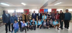 Yıldız Erkeklerde Dart Şampiyonu Zeytçioğlu Ortaokulu oldu