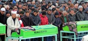 Kazada hayatını kaybeden 5 kişi toprağa verildi