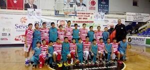 Ayvalıkgücü Belediyespor U-13 Basketbol Takımı Türkiye Grup Elemelerine katılacak