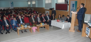 Tuşba'da 'Fikirler Konuşuyor' münazara yarışması