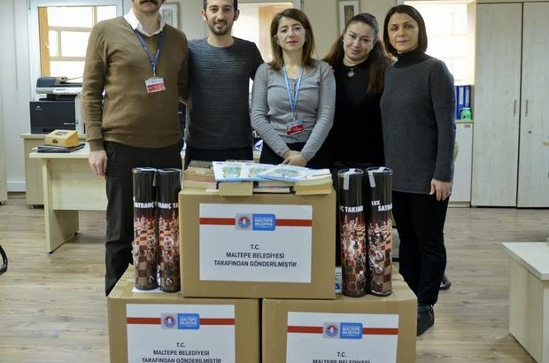 Maltepe Belediyesi'nden okullara kitap ve oyuncak yardımı