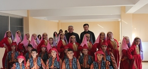 Mahmudiye Ortaokulu halk oyunlarında birinci oldu