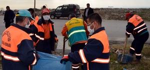 Akdeniz'de mobil temizlik ekipleri çalışmalarını sürdürüyor