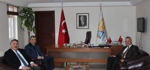 İl Sağlık Müdürü Öğütlü, Başkan Karakullukçu'yu ziyaret etti