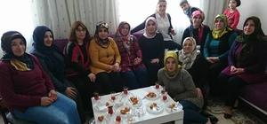 AK kadınlar referandum çalışmalarını hızlandırdı