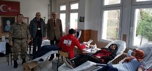 Yakakent jandarmadan kan bağışı
