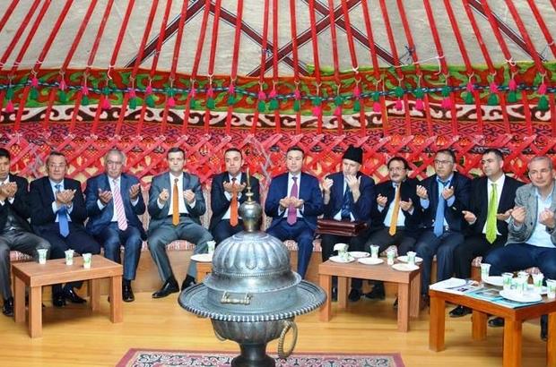 Türk dünyası masaya yatırılacak