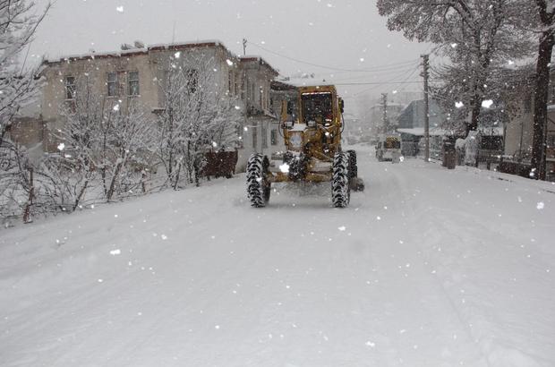 Kavak'ta karla mücadele çalışmaları