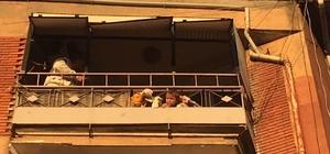 Kafası balkon korkuluklarına sıkışan bebek kurtarıldı