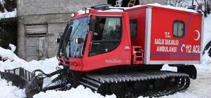 KOAH hastası, paletli kar ambulansıyla hastaneye ulaştırıldı
