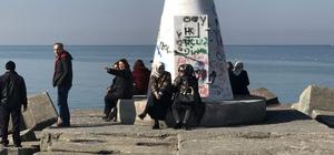 Güneşi görün vatandaşlar soluğu sahillerde aldı