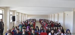 Erzurum'da 'Öğrenci-Yazar Buluşması' devam ediyor
