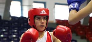 Malatyalı bayan boksörler Fethiye'de derece yaptı
