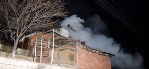 Tokat'ta çıkan yangında 3 ev kullanılamaz hale geldi