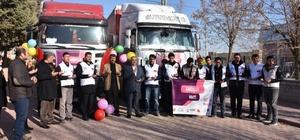 Elazığ'dan Suriye'ye 4 tır yardım