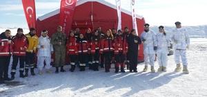 Kars Sağlık Müdürlüğünden 24 personel, TSK'nın 2017 Kış Tatbikatında görev aldı