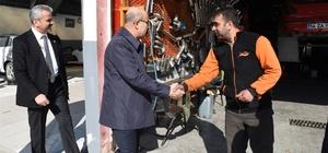 Vali Demirtaş, esnaf ve vatandaşla bir araya geldi