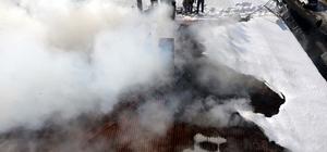 Ardahan'da tarihi binada yangın
