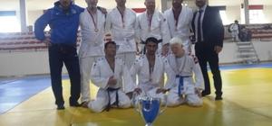 Büyükşehirli judoculardan 5 Türkiye derecesi