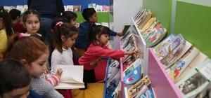 Karşıyaka'nın 'Çocuk Kütüphanesi' çok sevildi