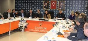 "AK Parti'de ""referandum"" toplantısı"