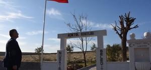 Teröristlerce katledilenlerin mezarlığı şehitlik oldu