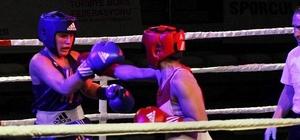 Fethiye'de Tekirdağlı kadın boksörlerin yumrukları konuştu