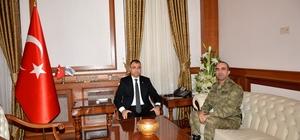 Tuğgeneral Sayat Vali Toprak'ı ziyaret etti