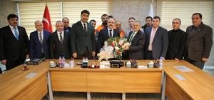 Hizmet-İş Sendikası Yönetim Kurulu ve taşeron şirket temsilcileri Melikgazi'de