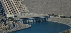 Atatürk Baraj Gölü kirlilikten kurtarılıyor