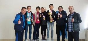 Kahta Türkiye Petrolleri Atatürk Ortaokulu satrançta il birincisi oldu