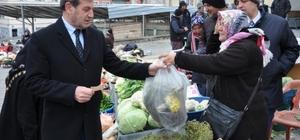Başkan Özkan, pazarcı esnafıyla buluştu