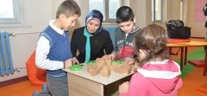 İl Milli Eğitim Müdürü Durmuş'tan çocuklarla etkinlik