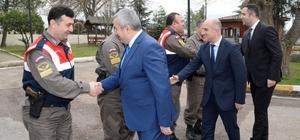Başkan Baran'dan Mehmetçiğe 'hayırlı teskereler' paketi