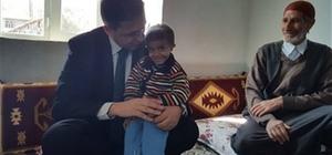 Kaymakam Sağ'dan lösemi hastası Muhammed Atilla'nın ailesine ziyaret