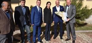 Başkan Keleş Boğaziçi Belediyesini ziyaret etti