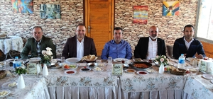 Emrullah'tan takıma kahvaltı