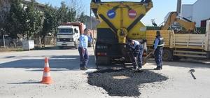 Başiskele Belediyesi yol bakım çalışmalarına devam ediyor