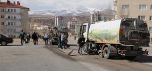 Niğde Belediyesi bahar temizliği yapıyor