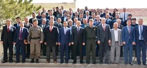 Niğde Valisi Peynircioğlu, Bor ve Altunhisar ilçelerinde vatandaşlar buluştu