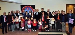 Nazilli'de 'insan hakları' ödülleri sahiplerini buldu