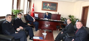 Kastamonu Emniyet Müdürü, Tosya Kaymakamını ziyaret etti
